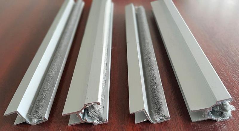 cam-balkon-aluminyum-fitil-degisimi-bursa-05